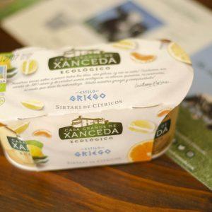 Yogur Casa Grande de Xanceda Ecológico. Estilo Griego. Sirtaki de Cítricos. Artdemans. Maçanet de la Selva, Girona